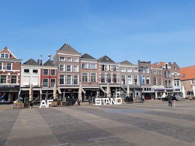 Delftse markt in coronatijd - (c) Gerben Helleman